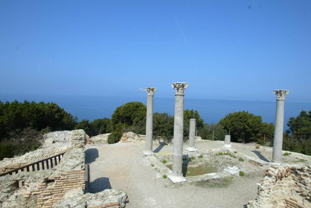 giannutri giglio un altra vista della villa romana 5759236050 o 26493259769 o